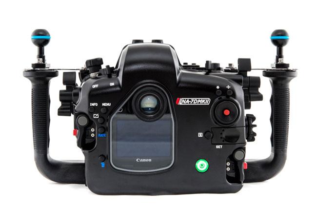 Подводный бокс Canon 7D Mark II